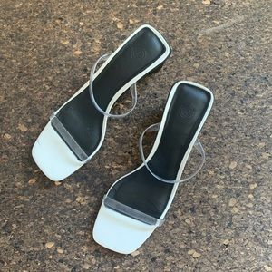 Urban Outfitters slides
